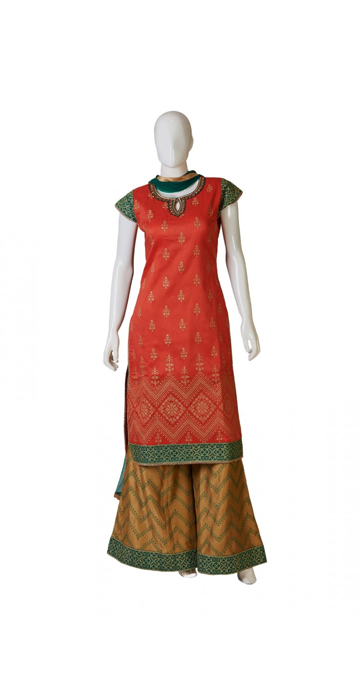 Gorgeous Gajariindo-Western Dress