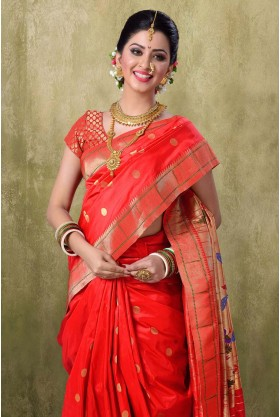 Paithani 9YDS Red Color Saree